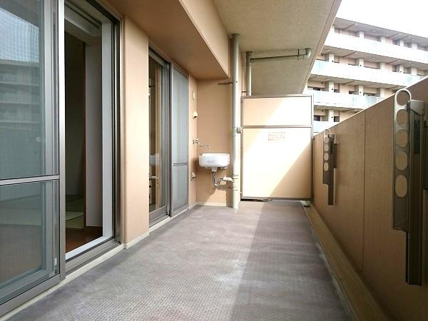 BELISTA東淀川大桐F棟1103号室バルコニー