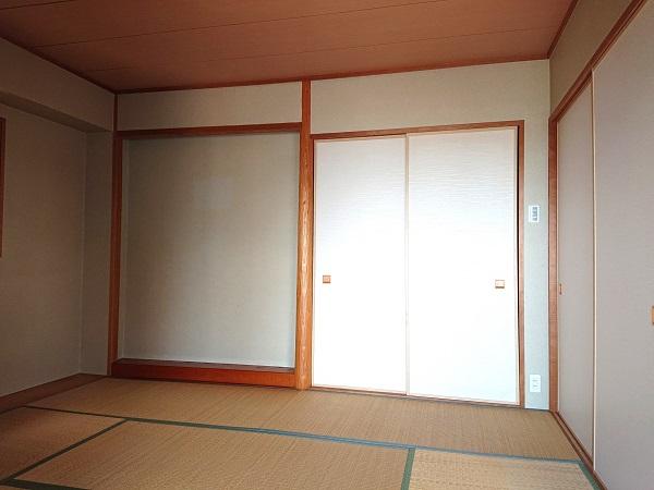 メロディーハイム池田五月山 202号室和室