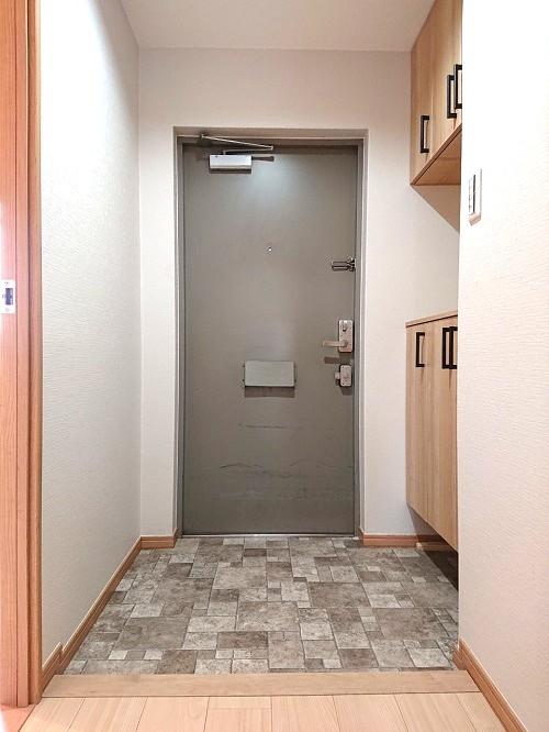 藤和堂島ハイタウン玄関